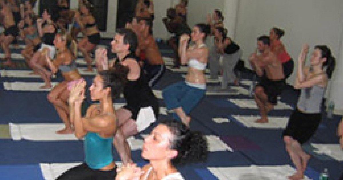 Izzadjuk magunkat egészségesre bikram jógával