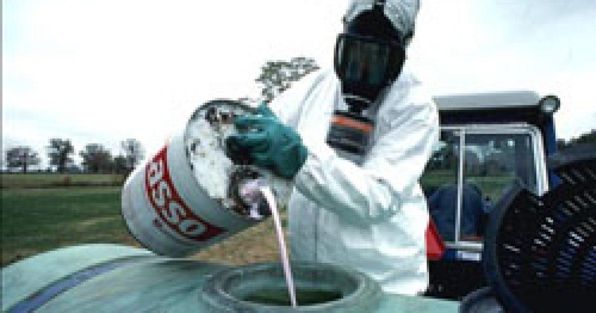 Maradhatnak az egészségkárosító rovarirtók?