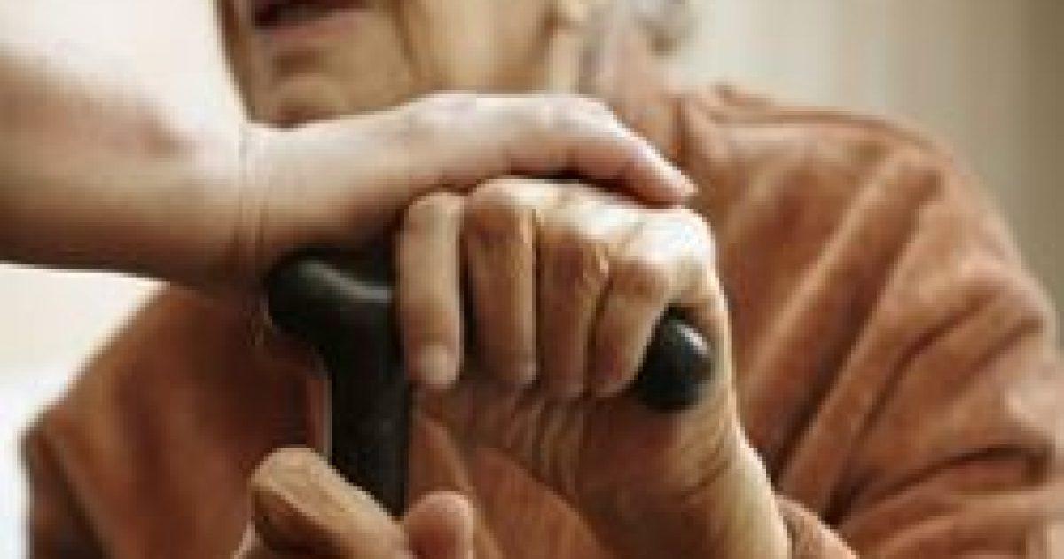Időskori krízis fenyegeti a hatvan év felettieket