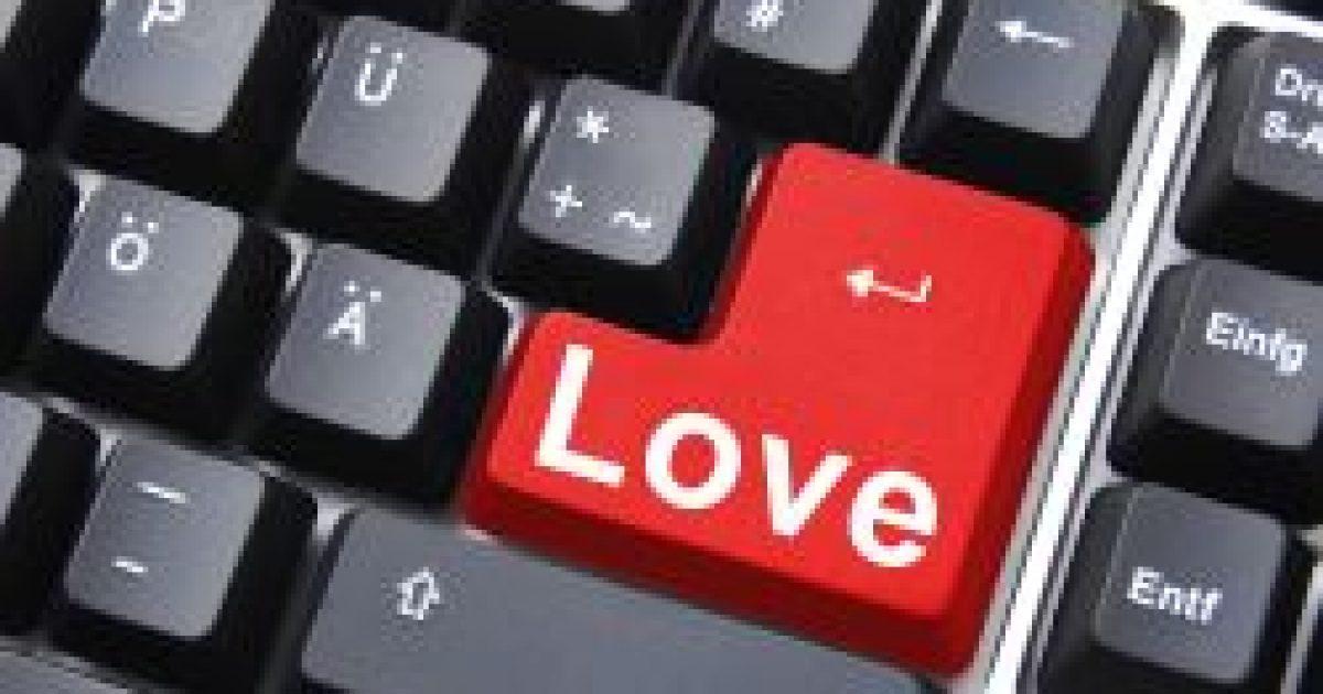 Tovább tartanak az internetes kapcsolatokból születő házasságok
