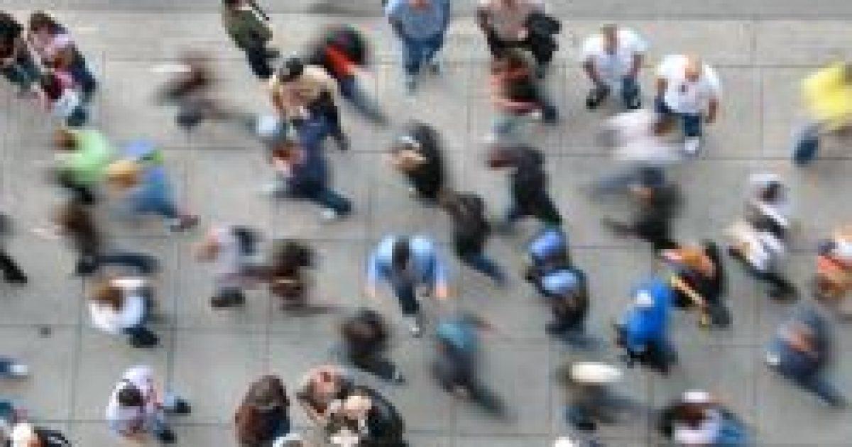 Gyorsabban ketyeg a biológiai óra a városokban