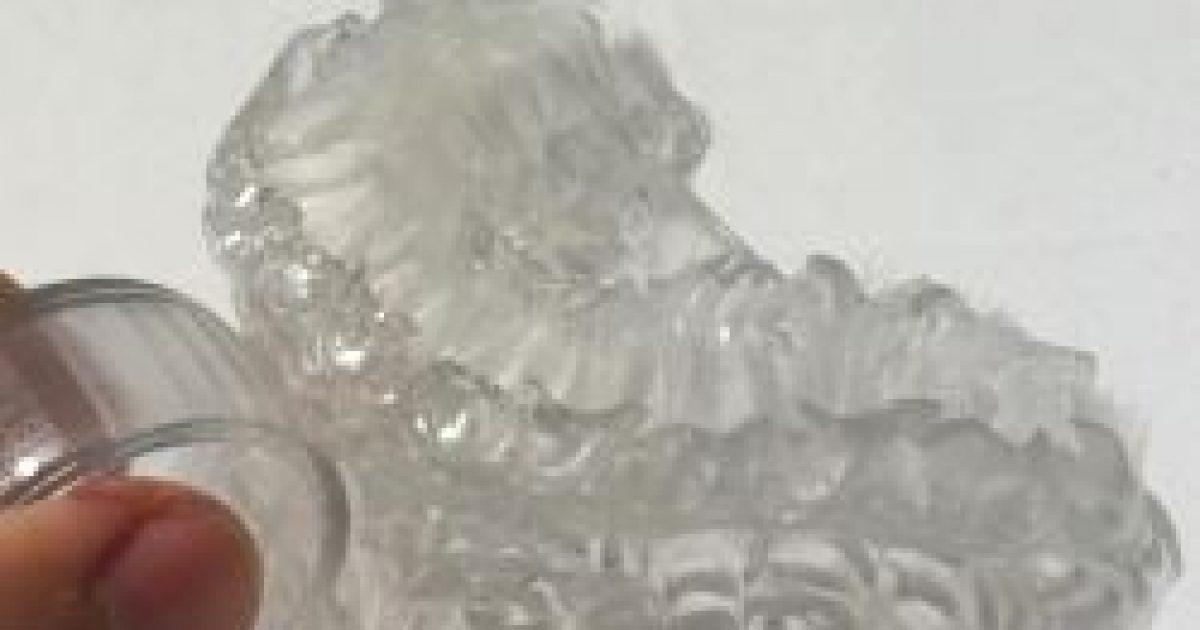 A 3D-s nyomtatóval készült fogkefével hat másodperc a fogmosás