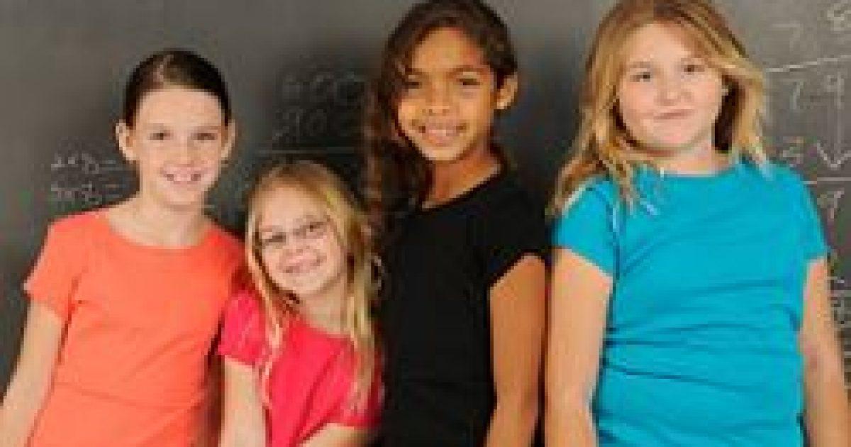 A lányok egyre korábban érik el a pubertáskort
