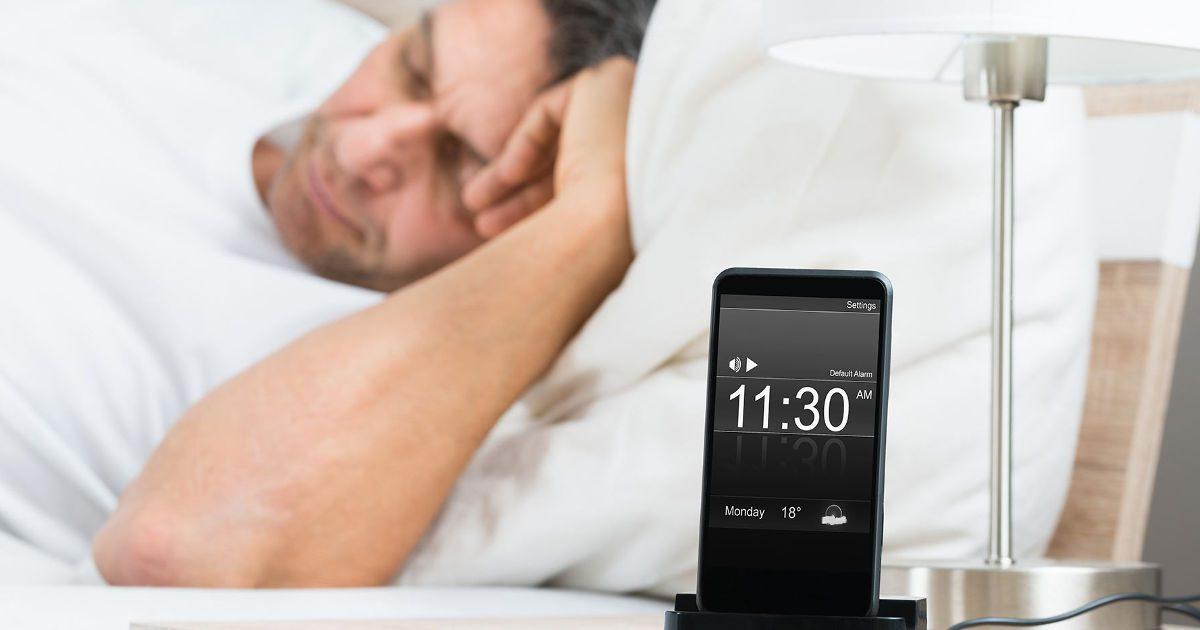 Ne tartsuk éjjelente a hálószobában a mobiltelefont!