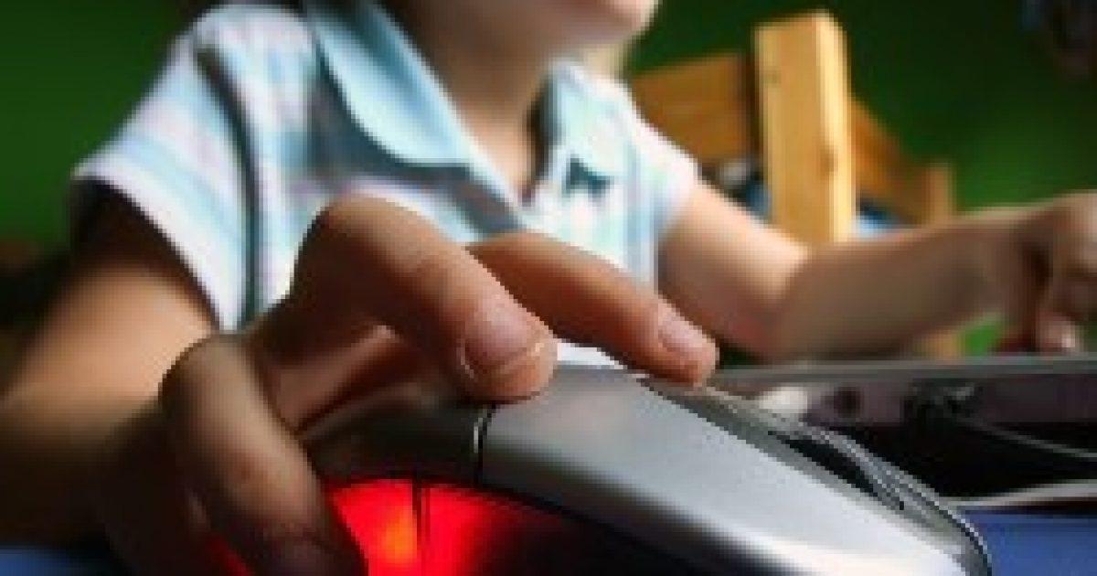 Az internetfüggőség mentális problémákhoz vezet