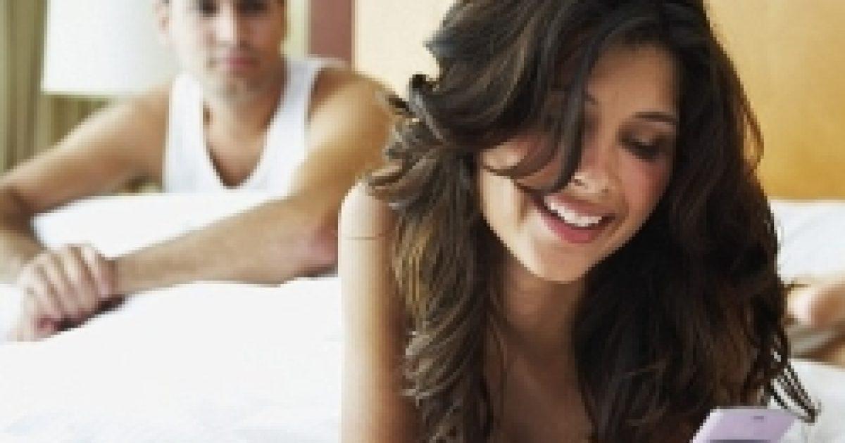 Rombolja a romantikát az okostelefon