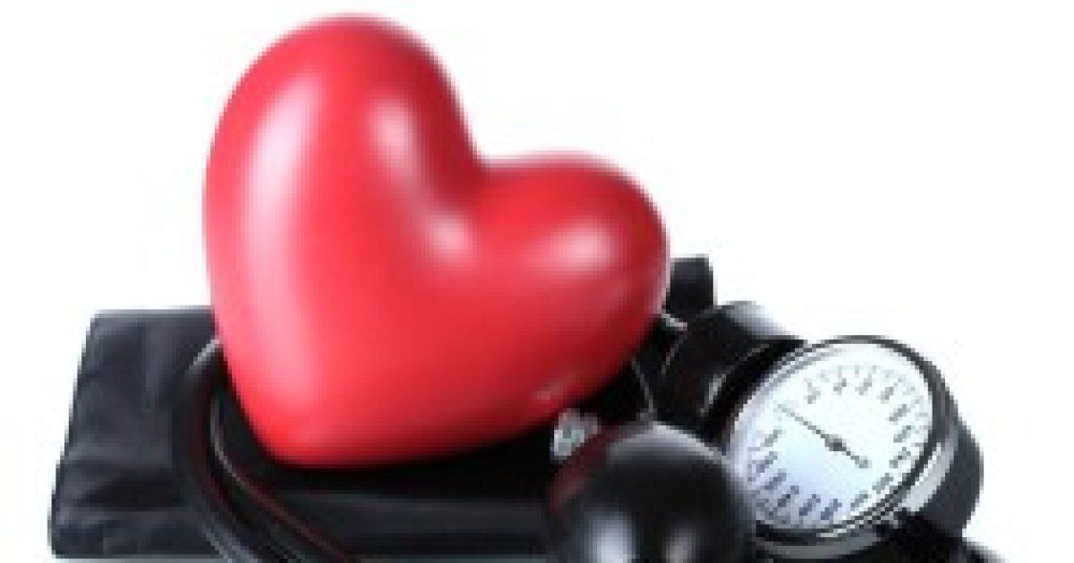 Az álmatlanságtól nőhet a vérnyomás