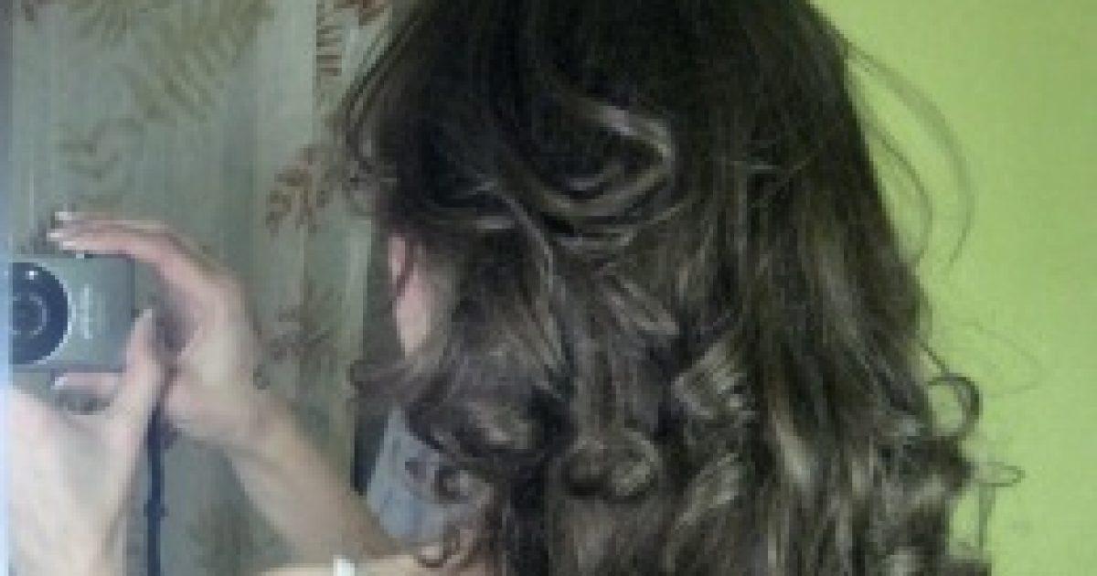 Töredezett haj = lyukas fog? Talán.