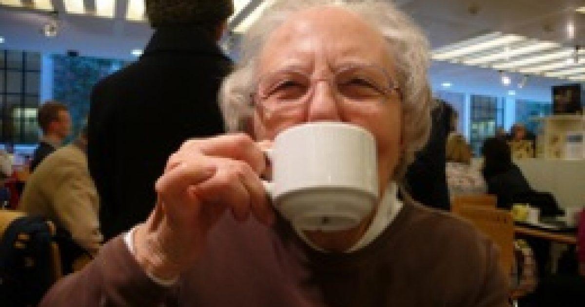 Csonttörés ellen napi három csésze tea
