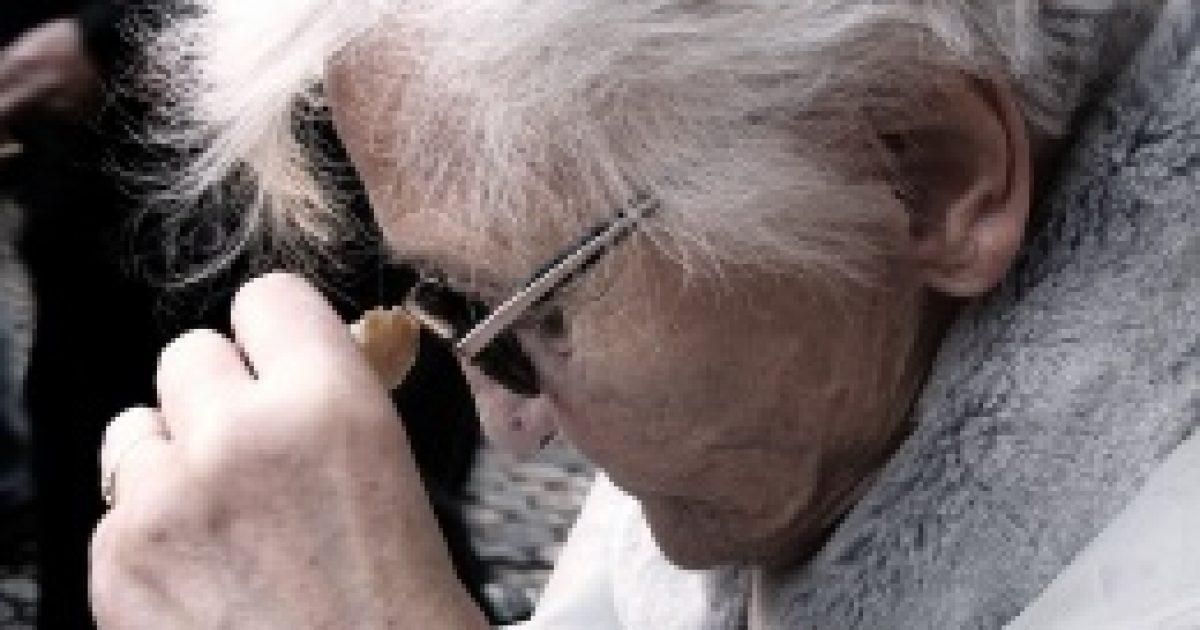 Fogmosással a demencia ellen