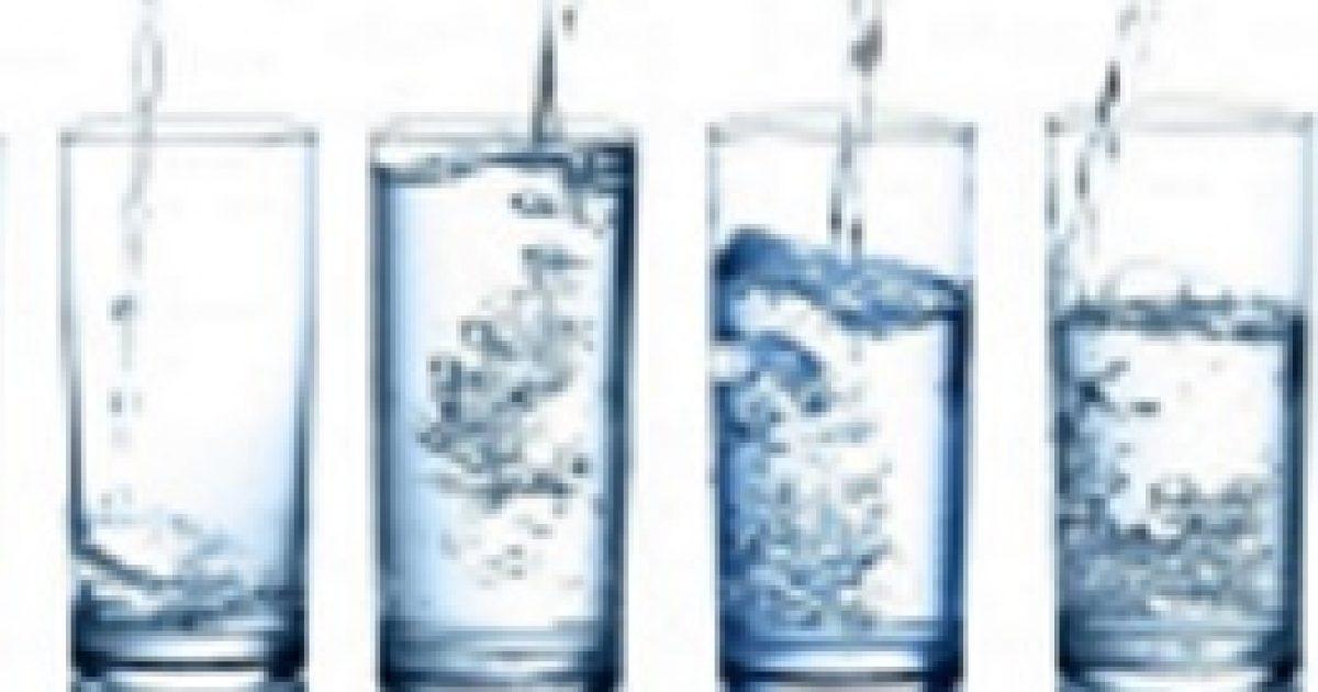 A fogyni vágyók igyanak vizet!