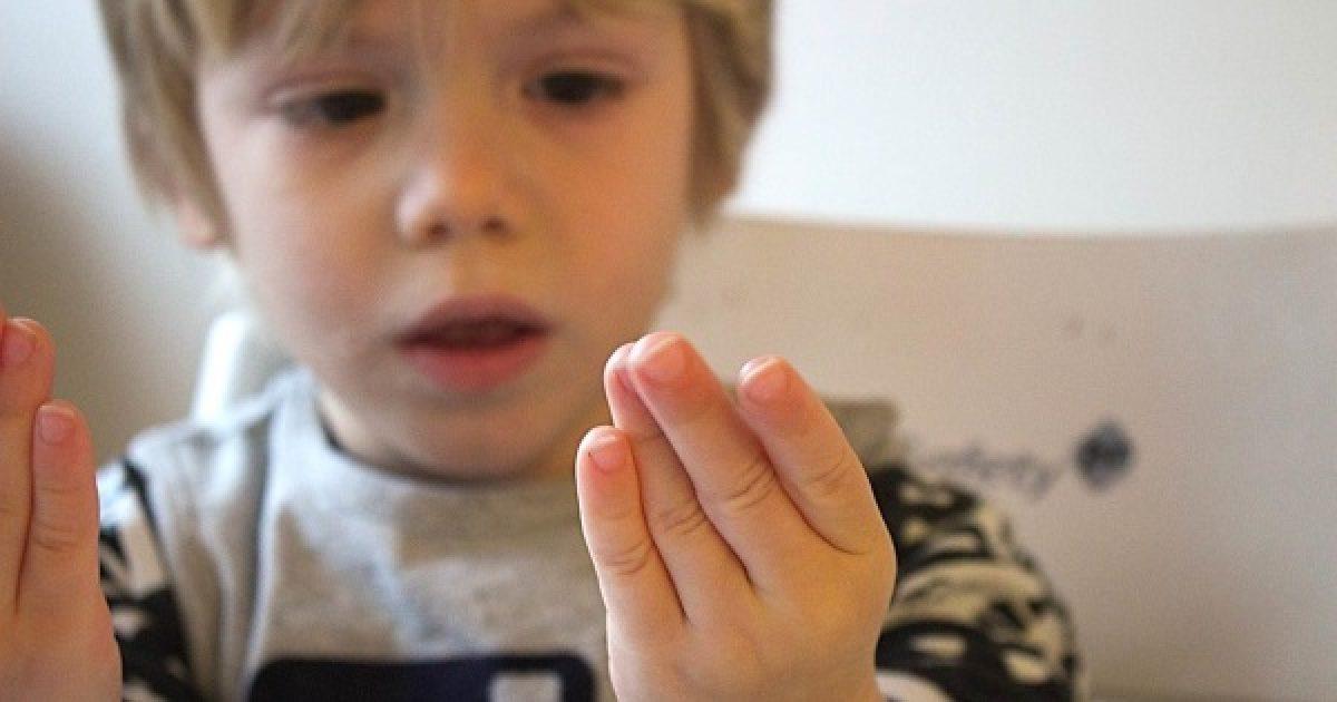 Akár zseni is lehet, aki az ujjain számol