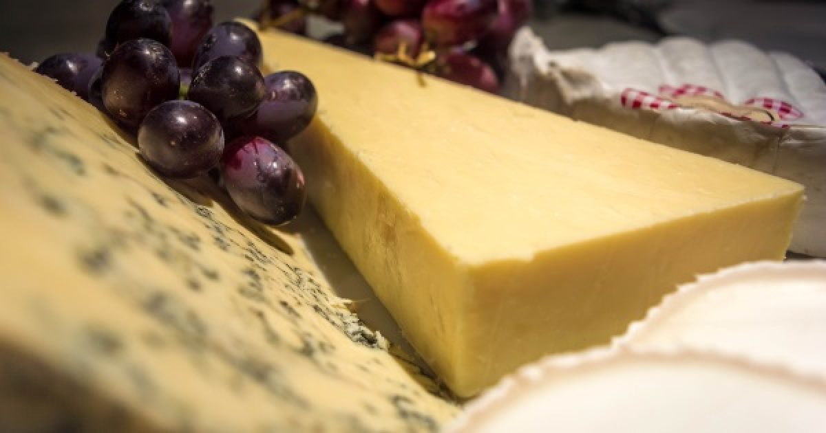 Az érlelt sajtok megakadályozzák a májrákot
