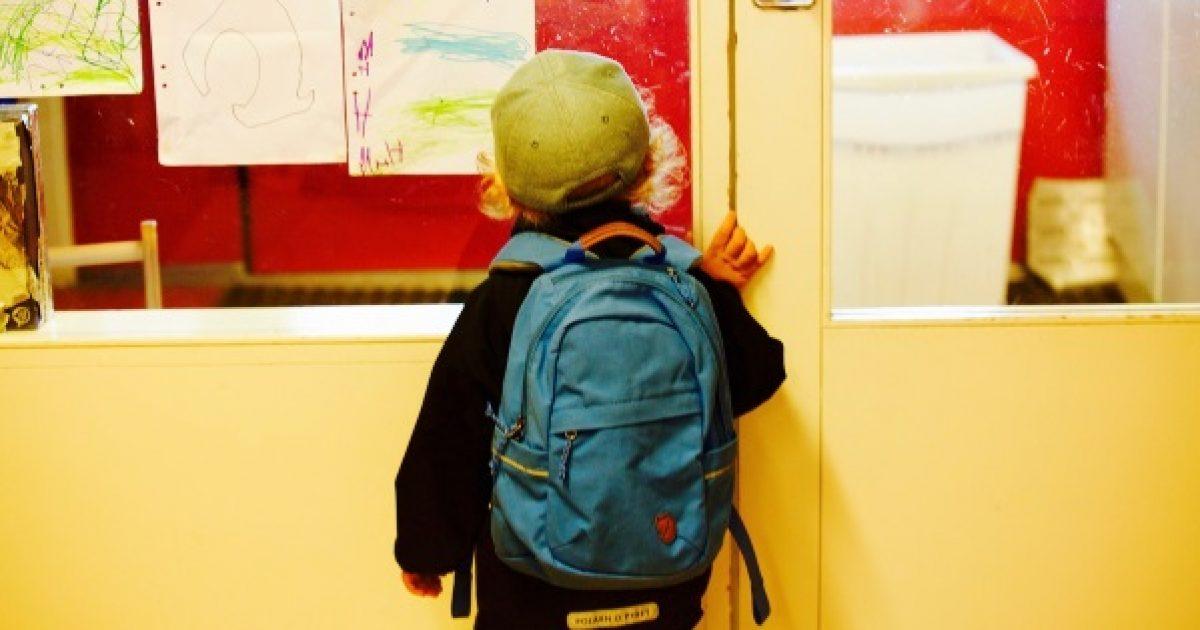 Sok iskolásnak fáj a háta