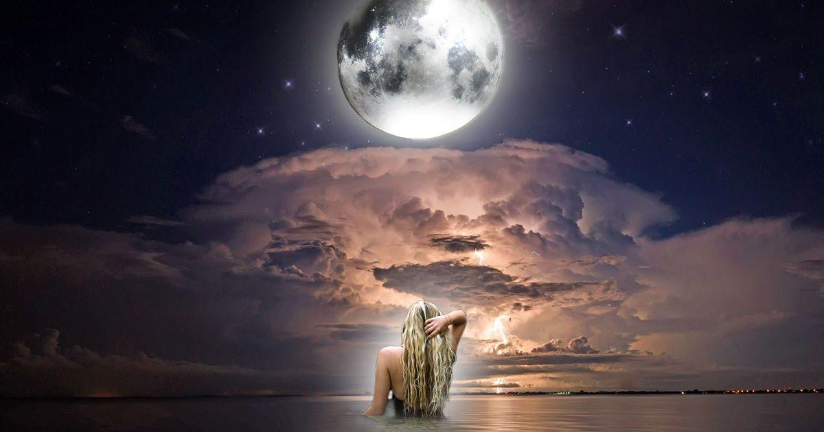 A Hold a minőségekben
