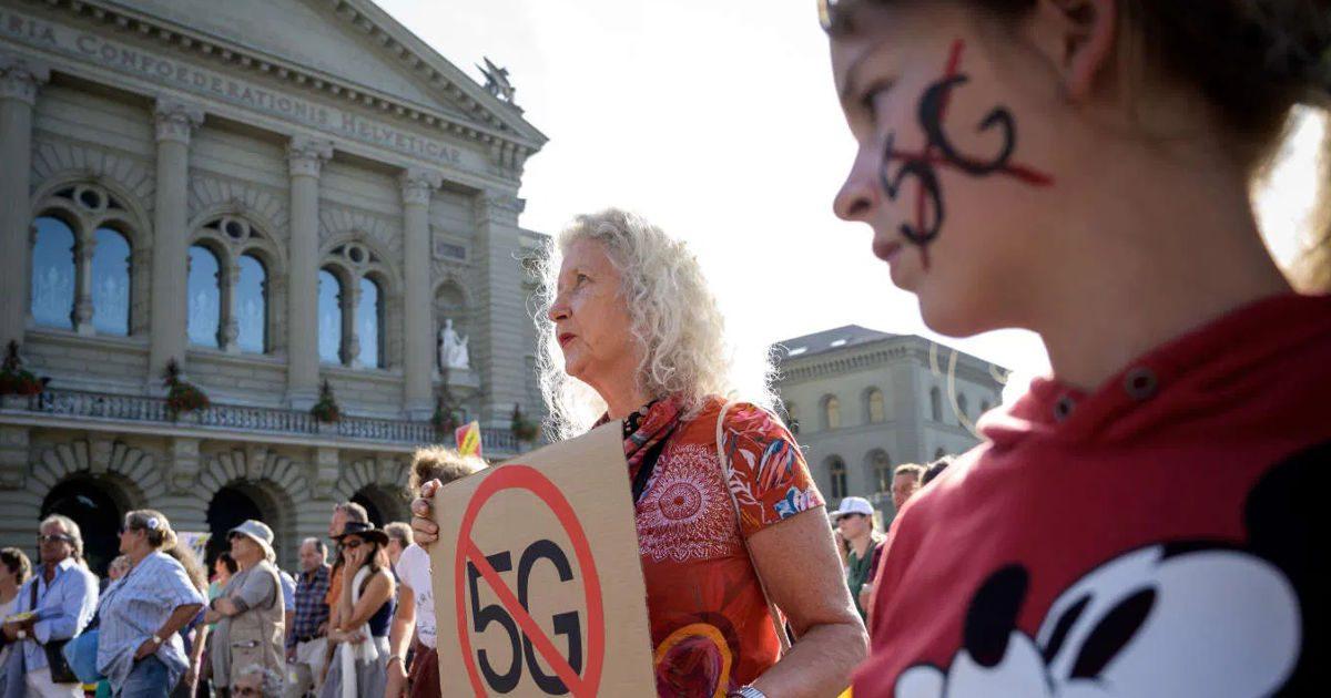 Felfüggesztik az 5G használatát Svájcban
