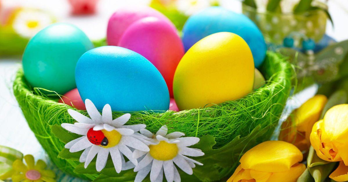 Húsvétvárás, tojásfestés